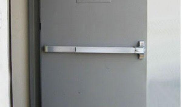 Ứng dụng của khóa thanh thoát hiểm đơn